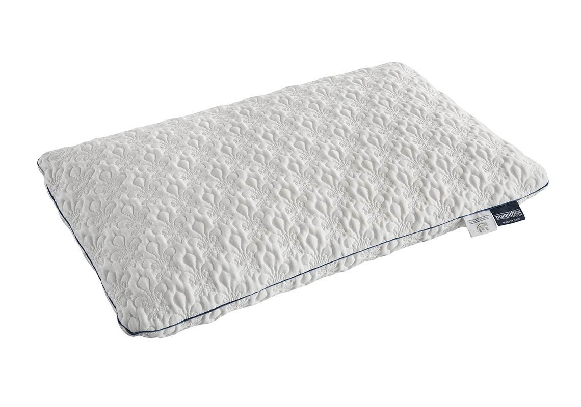Abbraccio Standard Pillow